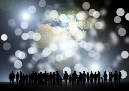 Associations. Entreprises. Collectivités locales.